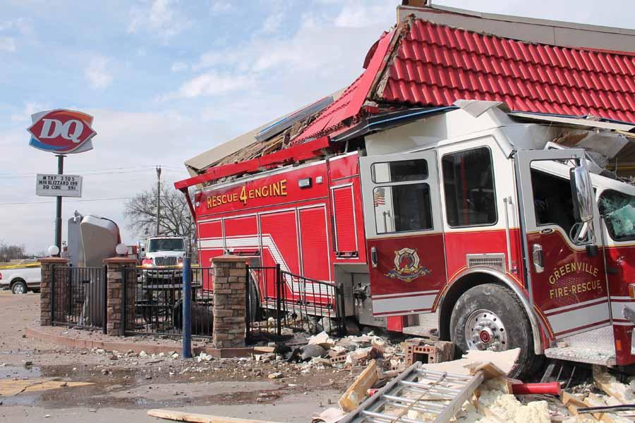 Greenville Fire Engine driven through Dairy Queen