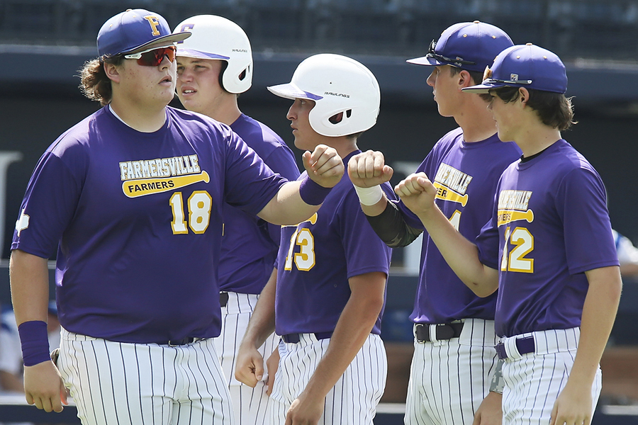 You're out: Farmers swept during regional  semi's matchup