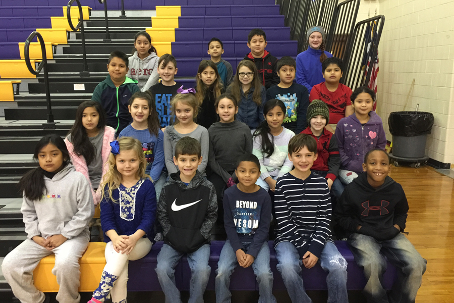 Honor roll page for third six weeks featured