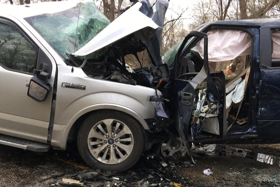 Wreck kills three near Blue Ridge