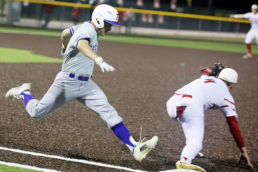 Farmersville eliminated during bi-district round