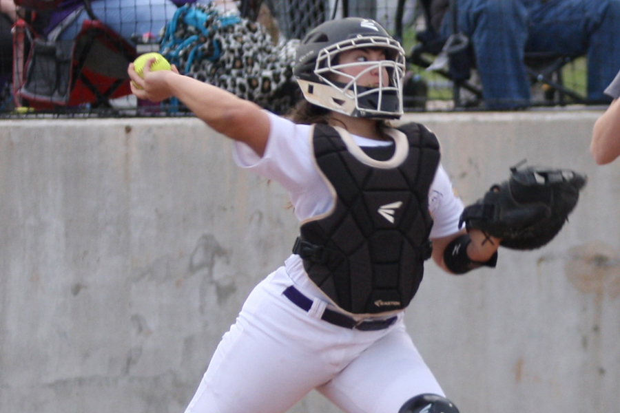 Atop 13-4A: Lady Farmers perfect in district ranks