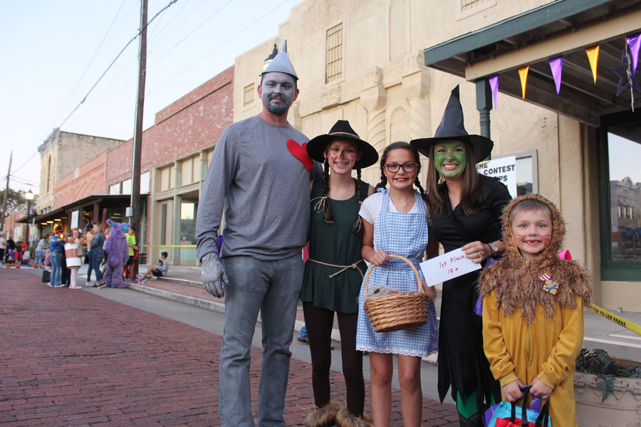 Trick it up, Scare on the Square Saturday