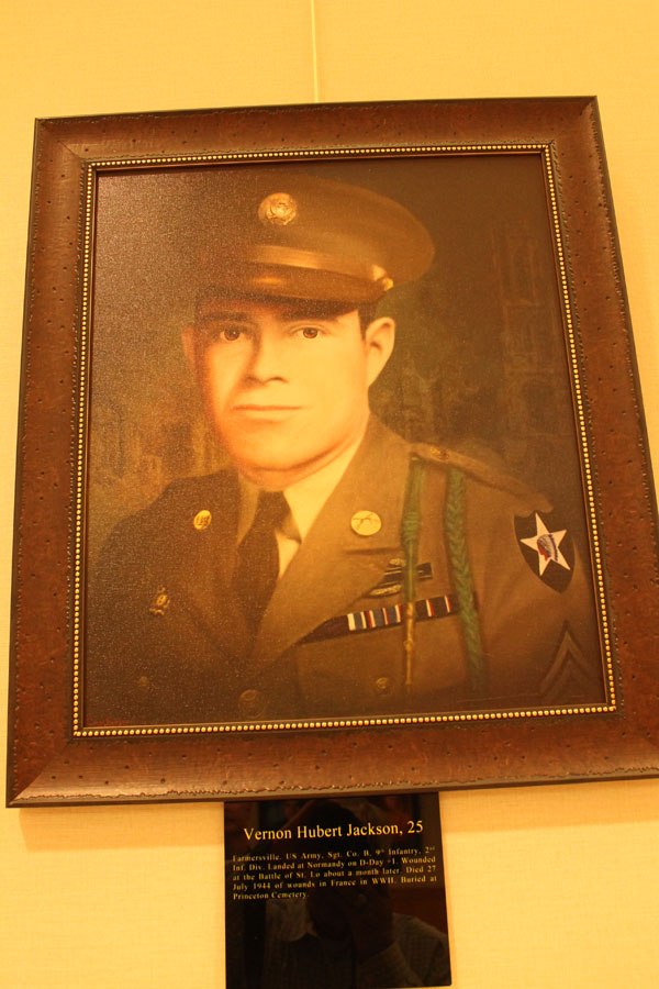 Farmersville soldier remembered with portrait