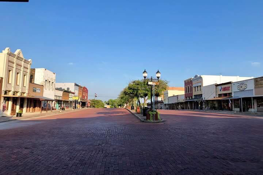 City in search mode again for Main Street Manager