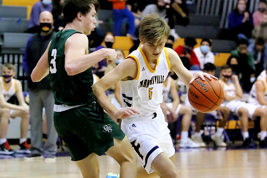 Boys basketball returns for 1-1 week