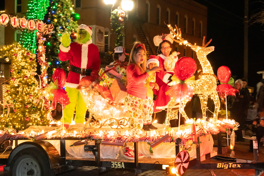 Grinch didn't steal Christmas…parade