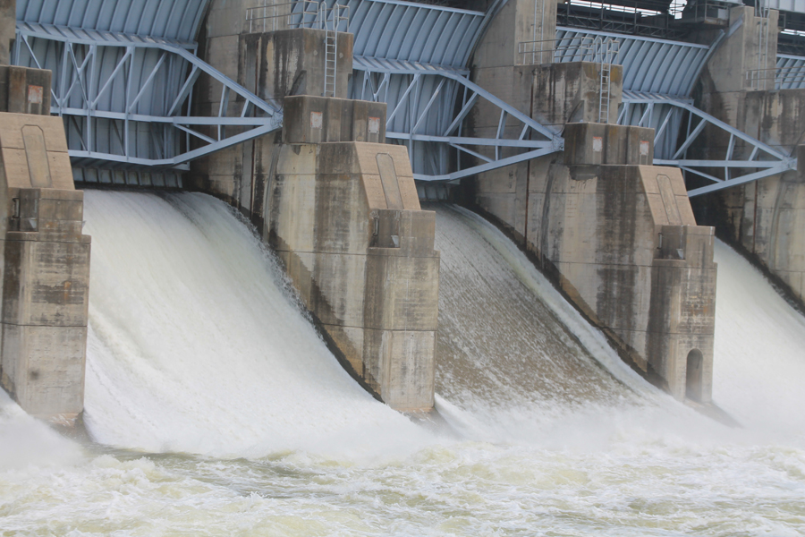 Lake levels rise; parks close