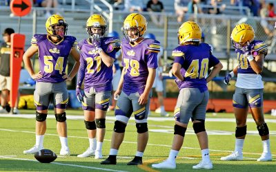 Farmers football hosts Wolfe City in scrimmage